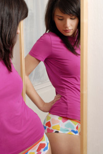Mirror-self-esteem-weight-counseling-salt-lake-city-michelle-lewis